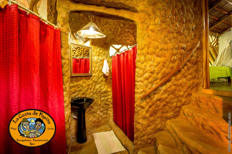 5 Beds Bungalow Bathroom